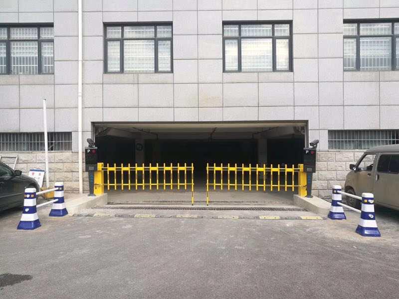陕西西安新型工业园出入口停车系统